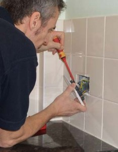 Fitting a double socket faceplate by OCD Electrical